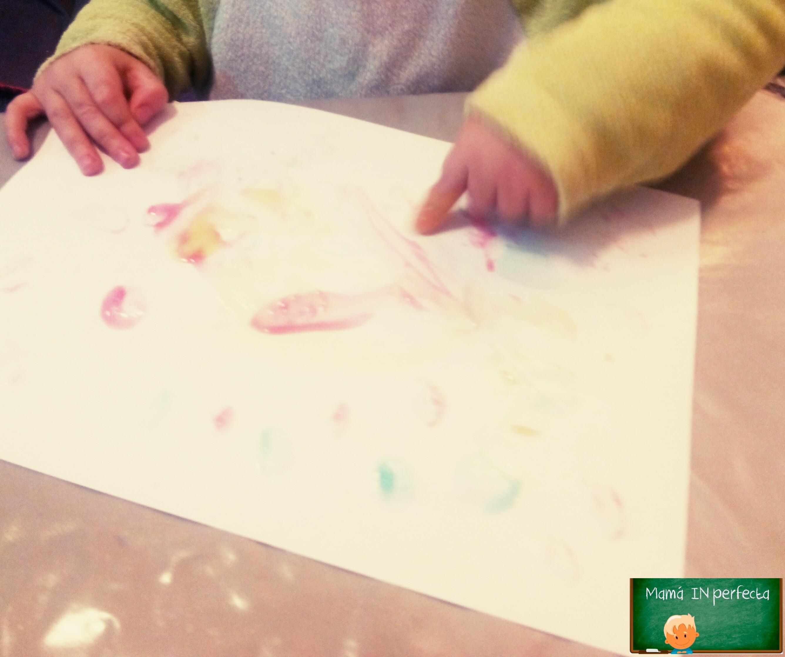 Pintura de dedos para niños casera y sin gluten